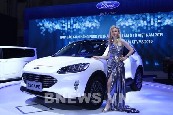 Sau 5 năm vắng bóng, Ford Escape tiếp tục lỡ hẹn thị trường Việt