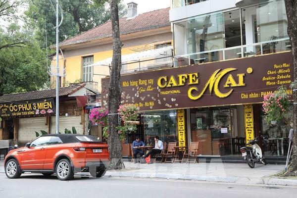 Hà Nội: Nhiều cửa hàng kinh doanh vẫn hoạt động sau đề nghị tạm đóng cửa
