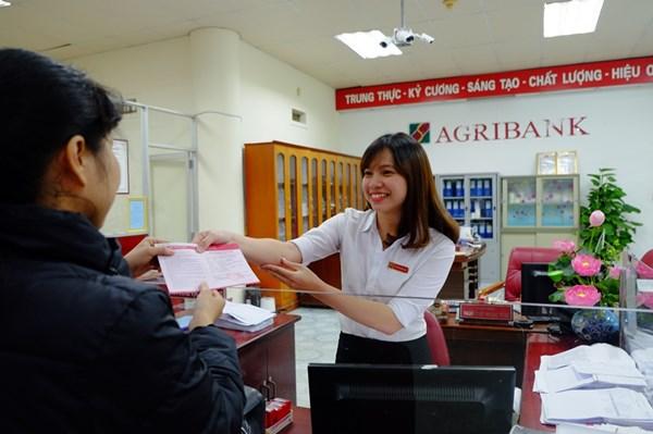 Agribank đẩy mạnh ứng dụng công nghệ thanh toán các dịch vụ công