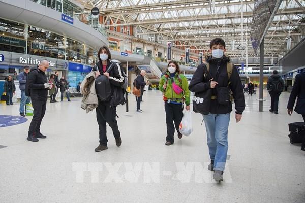 Anh: Nguy cơ quá tải bệnh nhân tại các bệnh viện ở thủ đô London