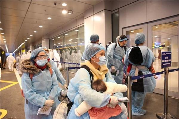 Bộ Ngoại giao khuyến cáo công dân Việt Nam ở nước ngoài tạm thời không di chuyển về nước