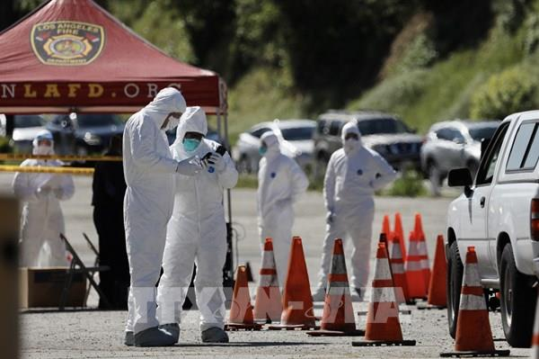 Cảnh báo đỉnh dịch COVID-19 tại Mỹ có thể rơi vào cuối tháng 4