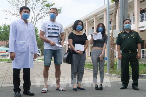 Dịch COVID-19: Thêm 3 bệnh nhân tại Thành phố Hồ Chí Minh được công bố khỏi bệnh