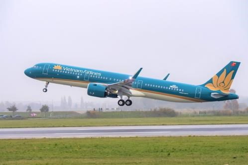 Vietnam Airlines tạm dừng cung cấp dịch vụ tại phòng khách hạng thương gia