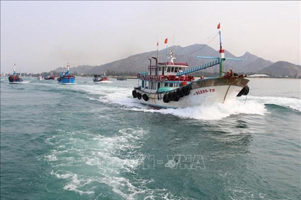 Ninh Thuận ngăn chặn từ xa việc khai thác hải sản trái phép