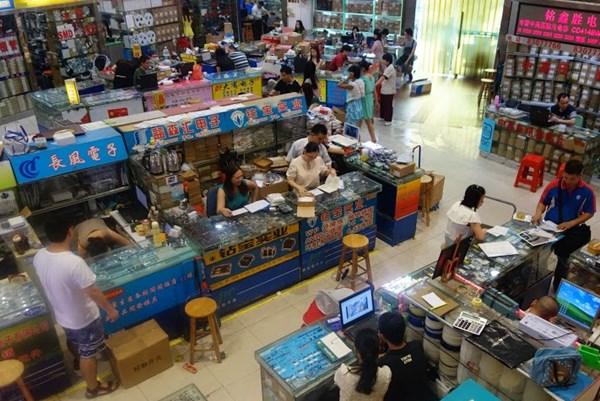 Các thành phố ở Trung Quốc phát phiếu giảm giá kích thích tiêu dùng