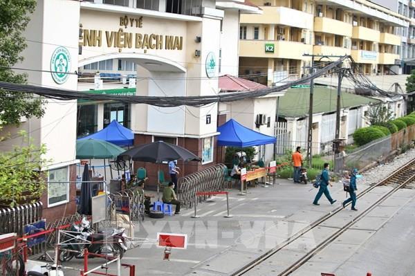 Dịch COVID-19:Bệnh viện Bạch Mai chỉ tiếp nhận bệnh nhân nặng