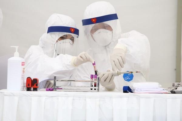 Dịch COVID-19: Hà Nội khẩn trương xây dựng quy trình xét nghiệm nhanh virus SARS -CoV-2
