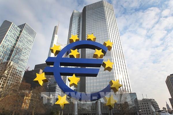 Eurozone sẽ thảo luận ba lựa chọn trước mắt hỗ trợ nền kinh tế
