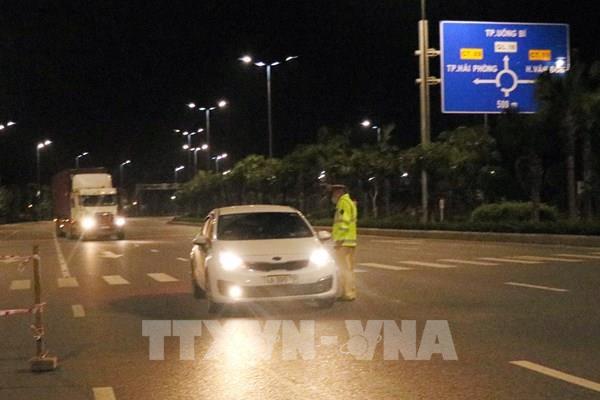 Dịch COVID-19: Không được áp dụng các biện pháp cực đoan hạn chế giao thông