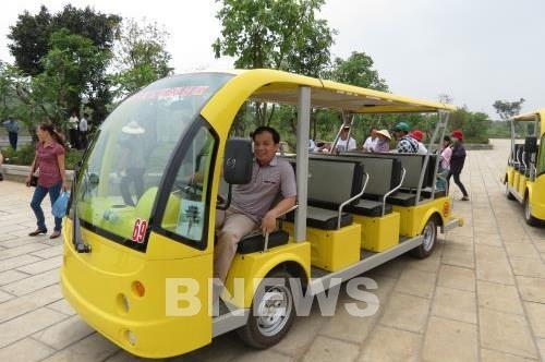Dịch COVID-19: Dừng hoạt động xe điện 4 bánh phục vụ tham quan trong 15 ngày