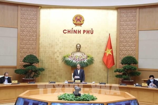 Thủ tướng Nguyễn Xuân Phúc: Đảm bảo lưu thông hàng hóa, sản xuất kinh doanh