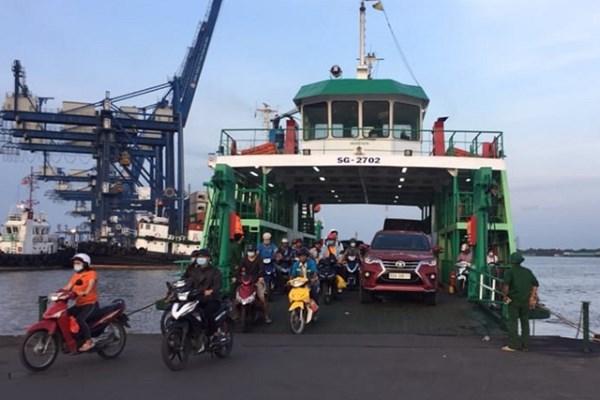 Các địa phương tạm dừng vận tải hành khách đường bộ, đường thủy