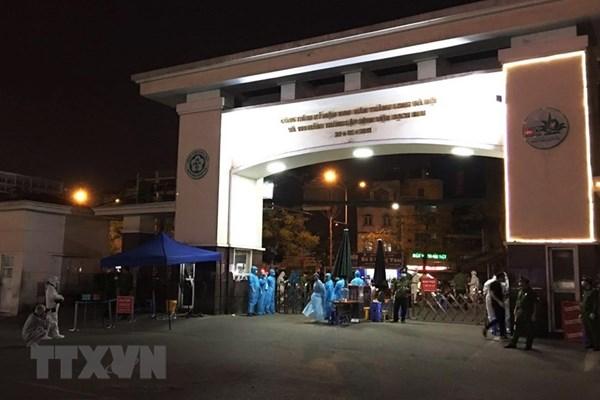 Dịch COVID-19: 4 bước tiếp nhận, điều trị bệnh nhân cấp cứu của Bệnh viện Bạch Mai