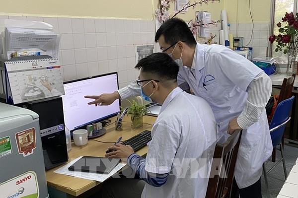 Hòa Bình đưa hệ thống máy xét nghiệm virus SARS-CoV-2 vào sử dụng