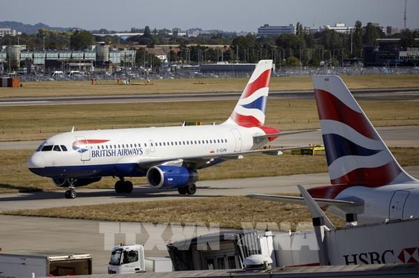 British Airways tạm thời cho 28.000 nhân viên nghỉ việc do dịch COVID-19