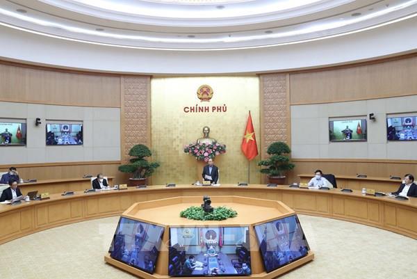 Thủ tướng: Xã hội chậm lại nhưng những người làm công tác phòng, chống dịch cần tăng tốc