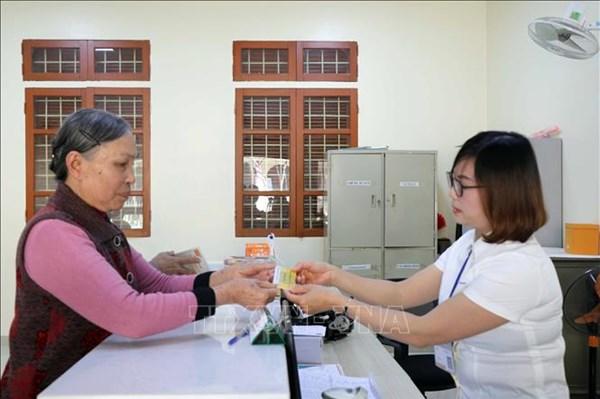 Tp. Hồ Chí Minh: 115.000 cán bộ hưu trí được nhận lương tại nhà