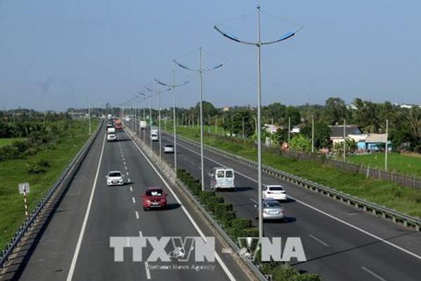 Tháng 8, khởi công các dự án cao tốc Bắc - Nam khi được chuyển hình thức đầu tư