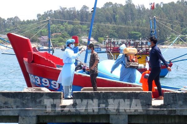 4 ngư dân trên tàu cá bị đâm chìm ở Hoàng Sa đã vào bờ an toàn
