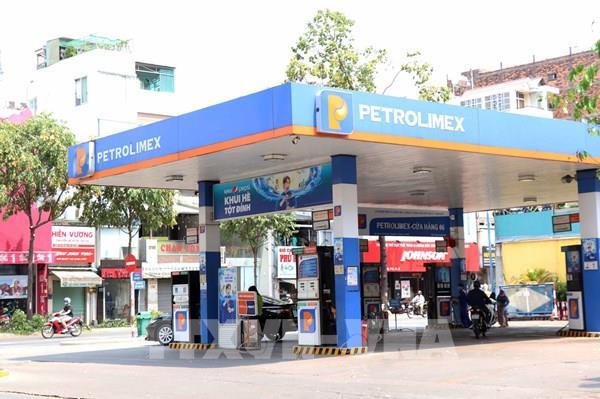Dịch COVID-19: Giá xăng dầu giảm, nhưng hoạt động kinh doanh vẫn ảm đạm