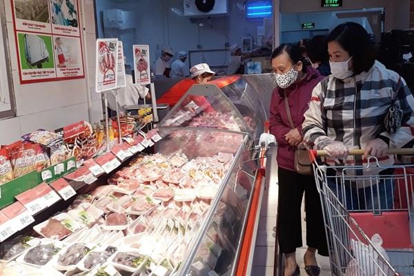 Các nhà bán lẻ bắt đầu giảm giá thịt lợn, mở hotline bán hàng