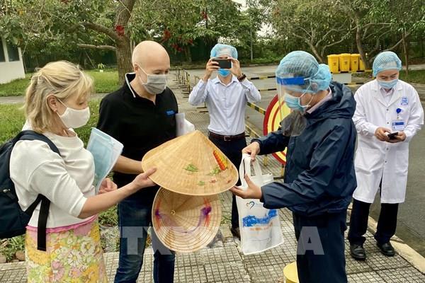 Hai ca nhiễm virus SARS-CoV-2 tại Thừa Thiên-Huế được công bố khỏi bệnh