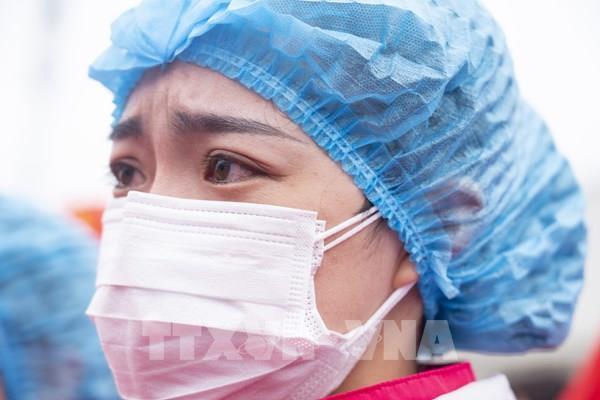 Tôn vinh lực lượng y tế trên tuyến đầu