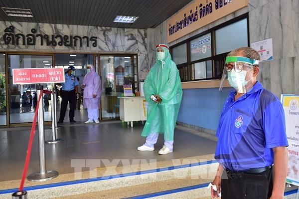 Thái Lan gia hạn thị thực cho người nước ngoài mắc kẹt vì dịch bệnh