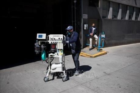 Mỹ yêu cầu Trung Quốc xem xét lại quy định xuất khẩu thiết bị y tế