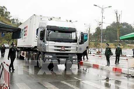 Kiểm soát chặt để  tránh dịch COVID-19 lây lan tại cửa khẩu biên giới