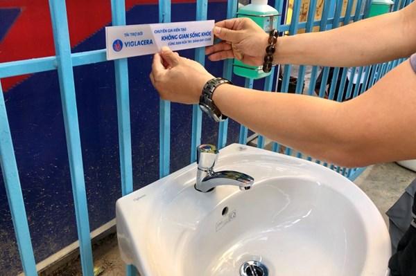 Doanh nghiệp Việt đưa sản phẩm phục vụ chiến dịch vì cộng đồng