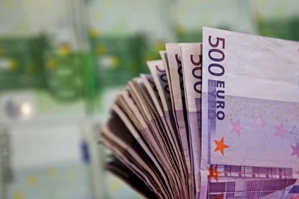 Dịch COVID-19: Đức ngừng giải ngân viện trợ cho doanh nghiệp
