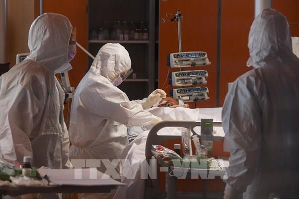 Thử nghiệm vaccine chống COVID-19 của Italy cho kết quả tích cực