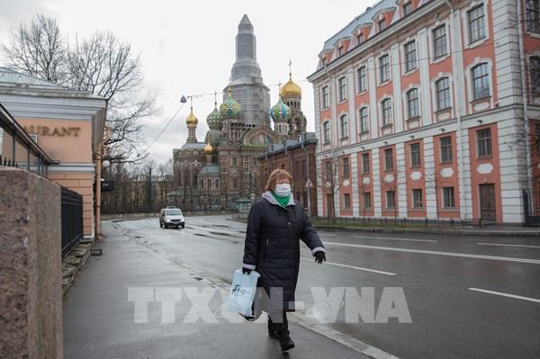 Nga ghi nhận số ca nhiễm COVID-19 vượt 15.000 người