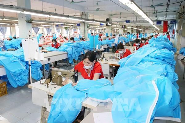 Công nhân KCN Vân Trung và Quang Châu (Bắc Giang) đã đi làm trở lại