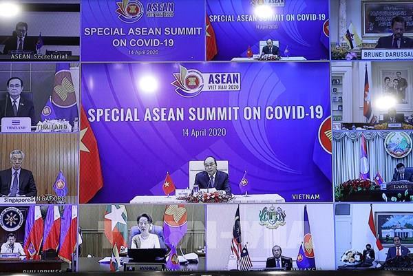 Thủ tướng Nguyễn Xuân Phúc khai mạc Hội nghị Cấp cao đặc biệt ASEAN về ứng phó COVID-19