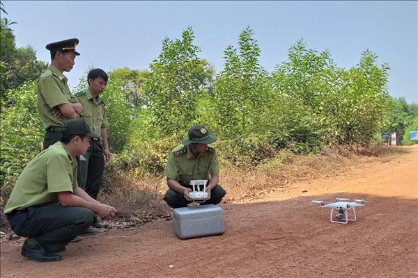 Ứng dụng hiệu quả flycam trong quản lý, bảo vệ rừng và động vật hoang dã