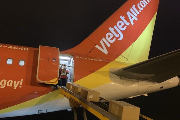 Dịch COVID-19: Vietjet Air thực hiện 10 chuyến bay chở hàng hoá mỗi ngày