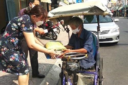 Dịch COVID-19: Tp. Hồ Chí Minh bổ sung hỗ trợ cho hàng nghìn người khó khăn