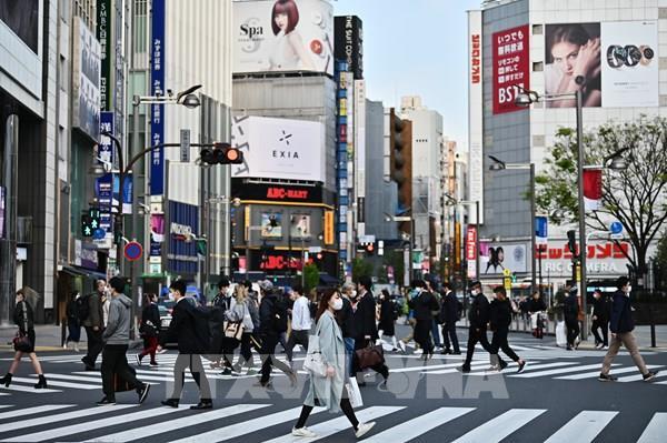 Nhật Bản kêu gọi người dân hạn chế tiếp xúc để ngăn virus lây lan