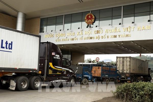 Lào Cai giảm ùn tắc ở khu vực Cửa khẩu Kim Thành