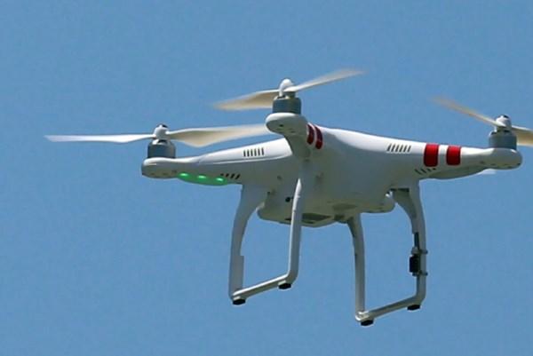 Dịch COVID-19: Israel dùng thiết bị bay không người lái giám sát cách ly