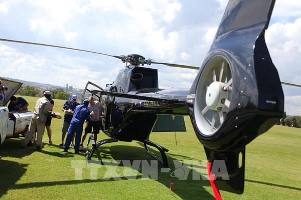 Những chiếc trực thăng mang hy vọng giữa đại dịch