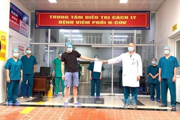 Thêm bệnh nhân COVID-19 ở Ninh Bình và Quảng Ninh được điều trị khỏi bệnh