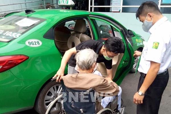 Tập đoàn Mai Linh tiếp tục đưa 200 xe taxi miễn phí phục vụ người dân