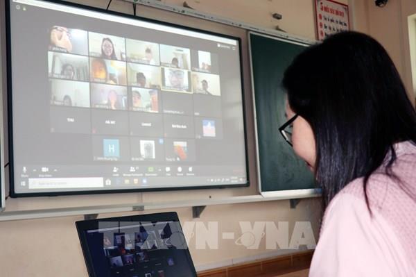 45% số trường đại học đào tạo trực tuyến ứng phó với dịch COVID-19