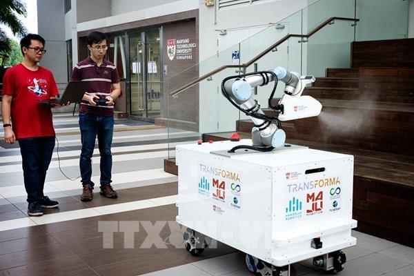COVID-19 đẩy nhanh quá trình robot thay thế con người