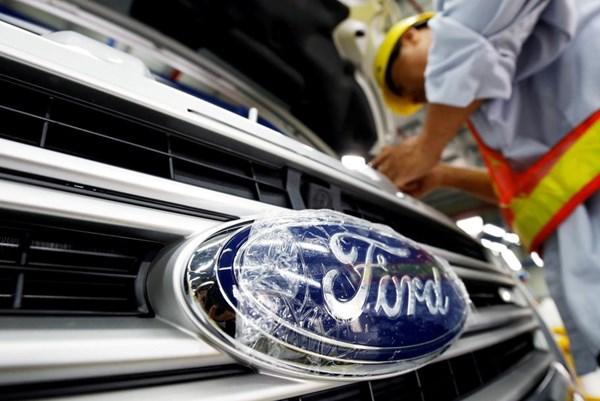 Ford phát hành 8 tỷ USD chứng khoán nợ