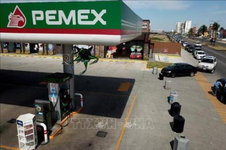 Lý do Mexico kiên quyết chỉ cắt giảm 100.000 thùng dầu/ngày